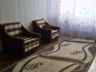 Apartament cu 3 odai,Autonoma,etajul 6 linga Soiuz