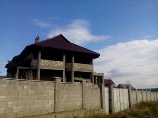 Крузешты, дом -200м2  новый 2015 года(серый вариант) срочно !!