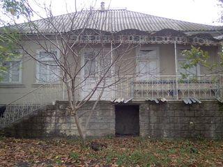 Продаётся дом в село Ленкэуцы,Окницкий район