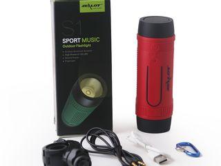 Zealot S1 lanterna cu boxa portabila accesoriu nemaipomenit pentru becicleta ta!