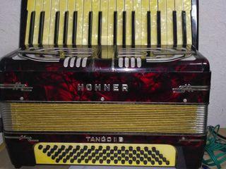 Hohner Tango IIB