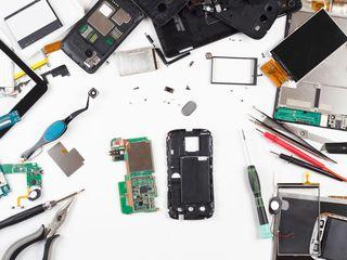 Ищу мастеров и компании которые ремонтируют мобильные телефоны и планшеты