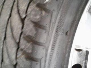 Продам шины 4 ската с дисками от toyota avensis r16 205 55 (летняя) почти новая