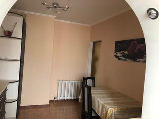 Se vinde apartament cu 3 camere Cahul Lapaevca
