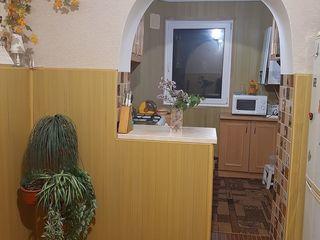 Vând apartament  confortabil cu 3 camere la un preț excepțional!