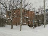 Продается недостроенный двухэтажный кирпичный дом с гаражом и подвалом
