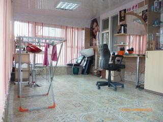 Urgent!!! Apartament+Afacere deja desfasurat in lucru La un pret Real Ungheni!!!