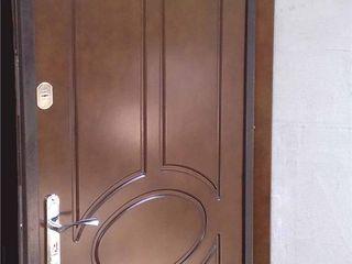 Двери металлические. Usi de metal .