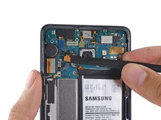Samsung Galaxy A51 (2020) A515F, Не заряжается телефон, -заберём, починим, привезём !!!