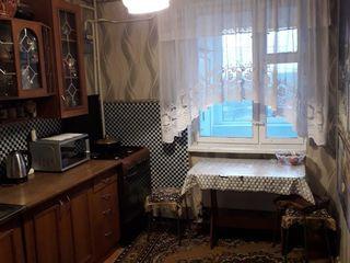 Se vinde apartament cu 4 camere cu reparatie cosmetica in raionul Stefan-Voda