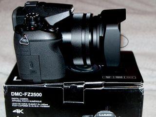 Продаётся новый не обкатаный фотоаппарат panasonic lumix fz2500 два года гарантии в упаковке