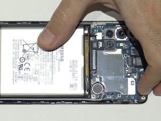 Samsung Galaxy A71, АКБ сдает позиции? Заберем и заменим в короткие сроки!