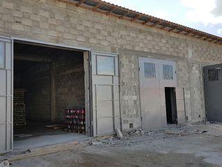 Сдаются 72м2  складские и производственные помещения напротив manopera 190 €