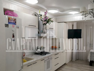 Oferim spre vânzare apartament cu 2 camere + living în sect. Buiucani. Euroreparatie, autonoma!