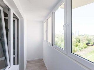 Balcoane din PVC.Ferestre, usi (de intrare,interior,de balcon). Остекление балконов.Окна, двери ПВХ.
