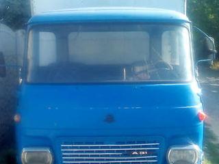 Автомобиль( грузовой)  и шины и  з.ч. на Avia 31