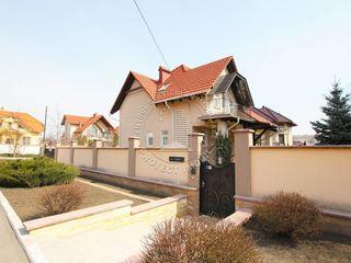 Casa cu 2 nivele, 210 m2, 6 ari de pamint - sector privat Riscani, str olga vrabie!