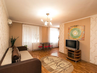 Двух комнатная квартира на бульваре Grigore Vieru с автономным отоплением !