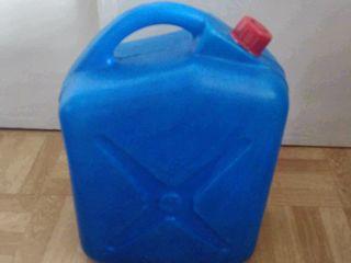 Канистры и др. пластиковые емкости