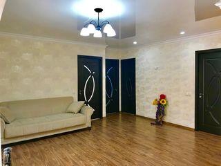 Apartament 3 odai, mobilat +debara+parcare in zona linistita