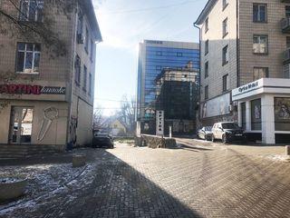 Chirie oficiu, reparație calitate înaltă, str. negruzzi, 350 euro! prima linie!