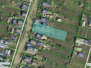 Продаю 8 соток земли под строительство в Бельцы по ул. И.Виеру 122 район Пэмынтены.