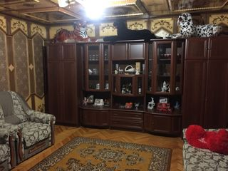 Продается дом в центре села Берлинцы