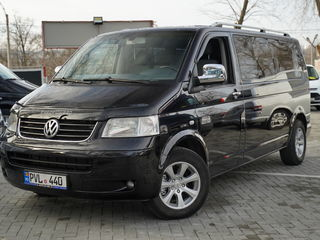 Volkswagen T5 Autoturism 9locur