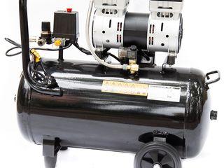 Compresor Worker SK 1500-100 L. Livrare gratuită. Posibil și în credit!