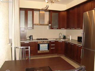 Куплю 3-комнатную квартиру в центре