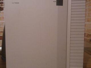 Цифровая АТС Panasonic. Цена 3000 лей.
