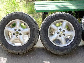 Land Rover, Nissan Qashqai, Dacia Duster
