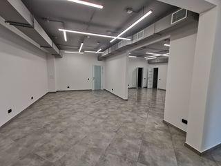 Coliseum - Spațiu comercial 150 m2