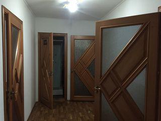 Сдаю 3 комнатную квартиру.
