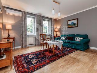 Chirie, Apartament, 5 odăi, Centru, str. Colina Pușkin