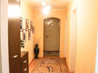 Apartament cu 5 odai la Malina Mica