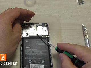 Xiaomi Mi Mix 2S  Не заряжает смартфон, заменим разъем!