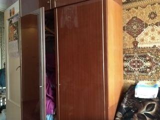 Mobila diferita se elibereza apartamentul......