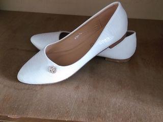 Pantofi pentru mireasa!!