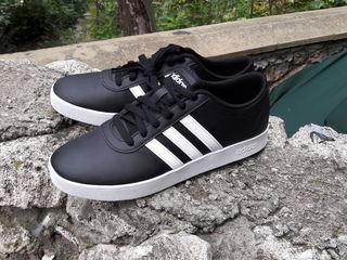 Adidas neo (41-42)