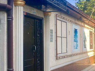Продается дом построенный на 6 сотках, 440 м2, сек. Чеканы, ул. Будэй.