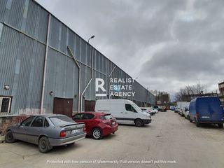 Spațiu industrial pe strada M.Sadoveanu