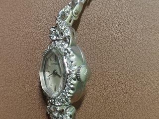 Часы бриллиантом продам с проживания стоимость гостиница часа 1