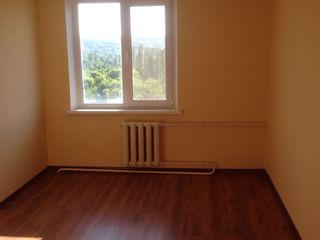 Продам срочно комнату в парковой зоне