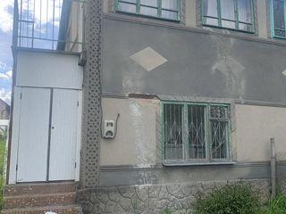 Пол дома -(дача) в Маринештах