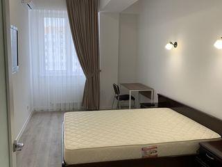 Chirie bloc nou 1odaie centru orasului linga ismail,dormitor.conditioner,blok de elita