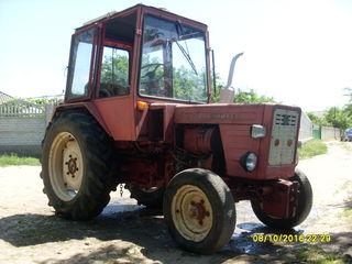 Vand tractor cu remorca (t25)