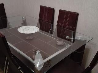 Продаю срочо cрочно квартиру в отличном состояние!!