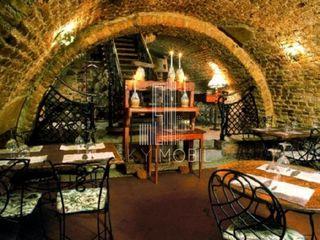 Ideal pentru un restaurant, cafenea sau pub tematic, centru, a. puskin