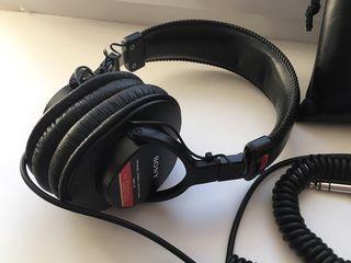 Sony MDR-V6 - casti profesionale de studio / профессиональные студийные наушники